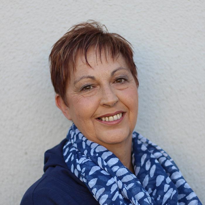 Lynne Menge